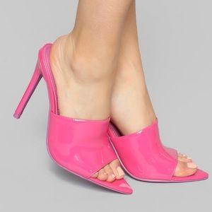 Heeled sandal open toe size 7 NWT